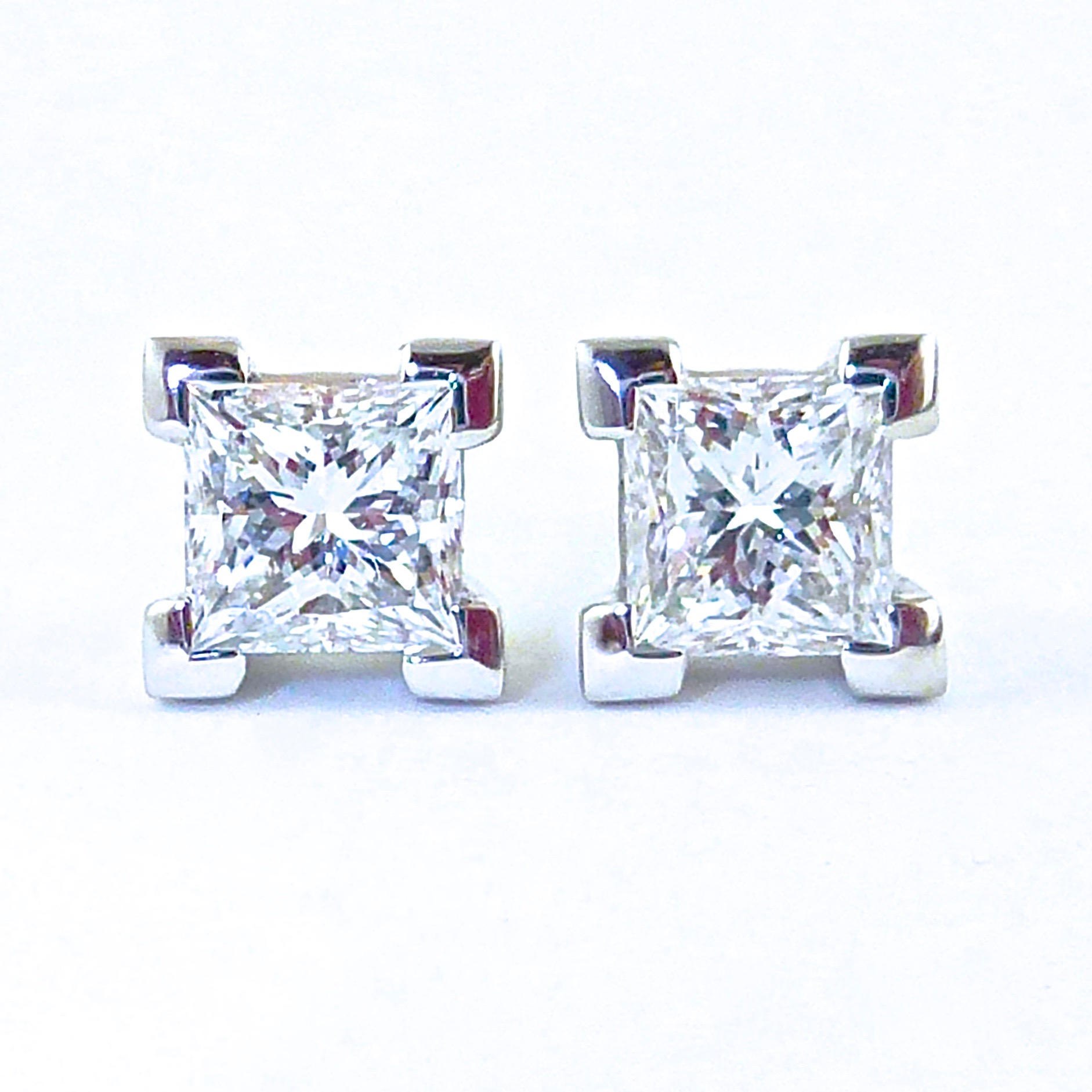 Princess cut diamond corner claw stud earrings and pendant
