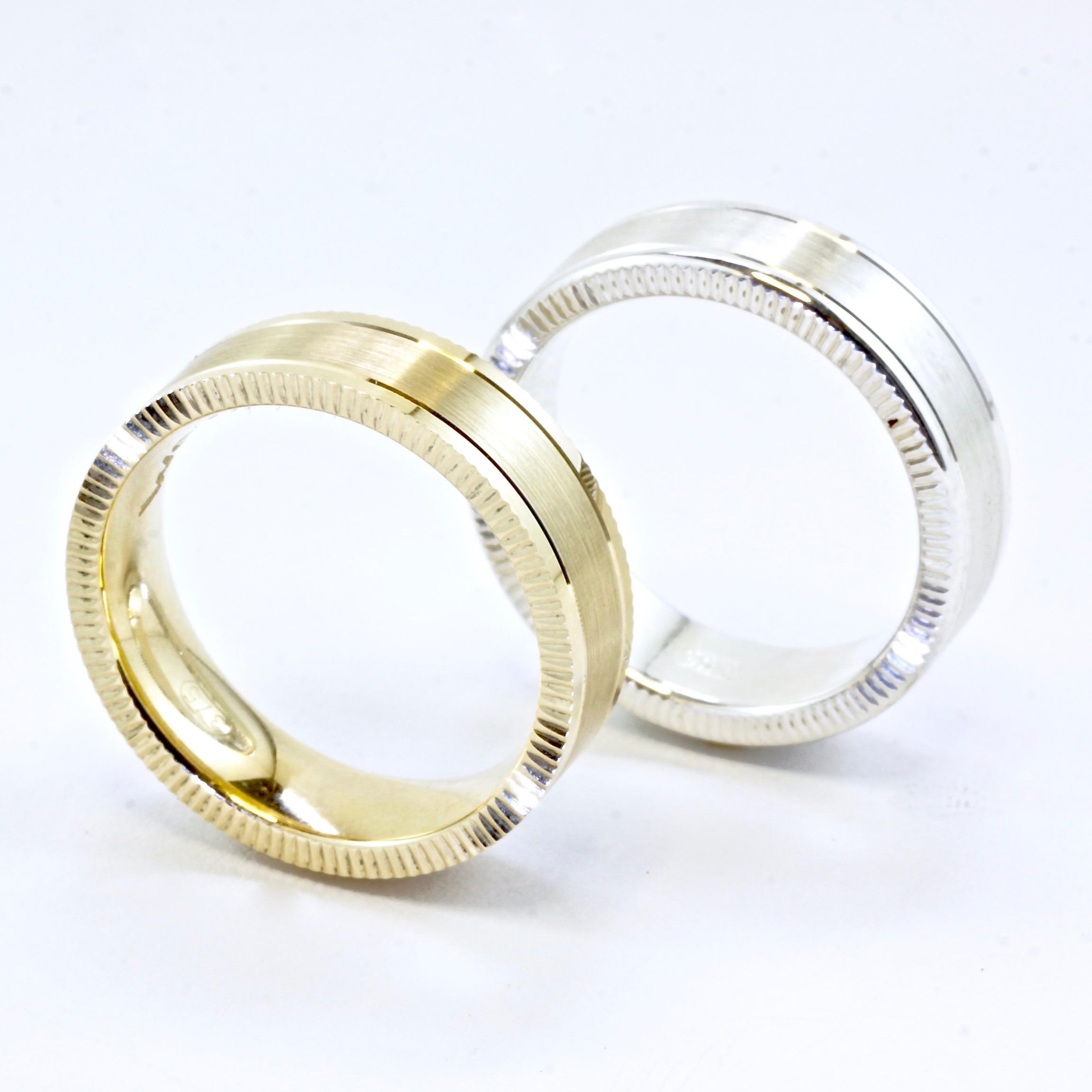 Knurled edge mens wedding ring